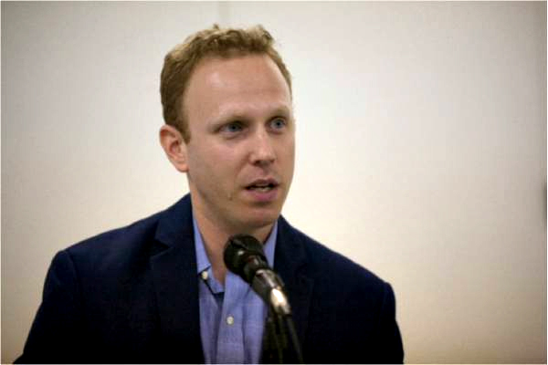 Salon publishes strawman-filled smear of Max Blumenthal